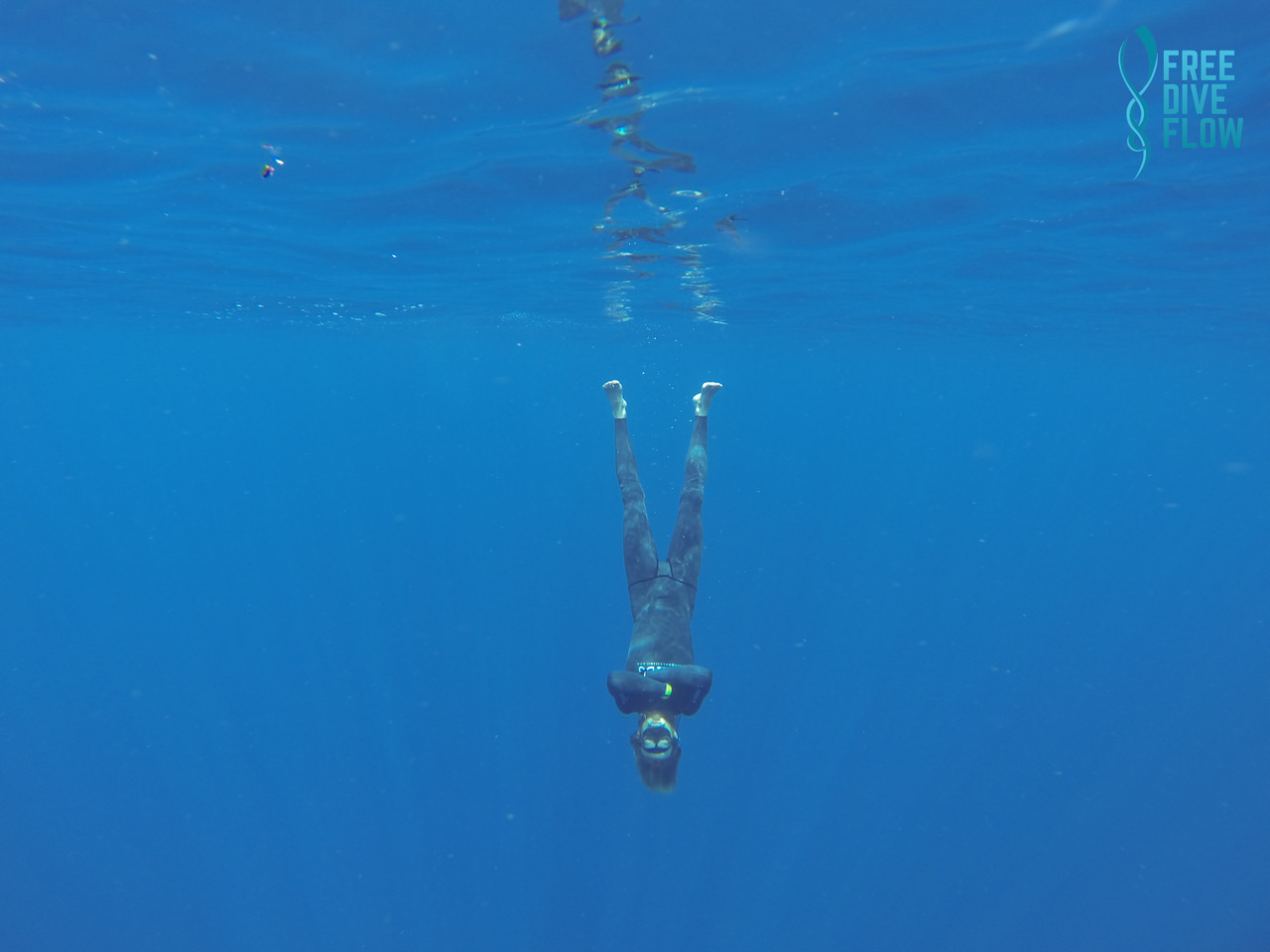 MJ Kuhn Freedive Chill