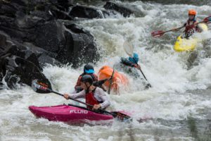 Head to head heats battle it out kayaking - Thrombi X Fest